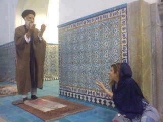 جدال شیخ و شیطان!+عکس